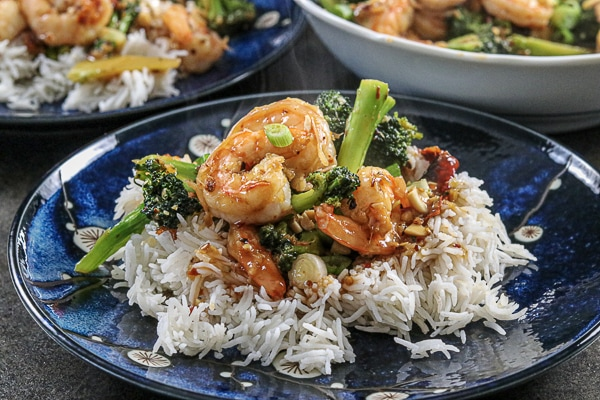 Spicy Garlic Shrimp and Broccoli Sir Fry